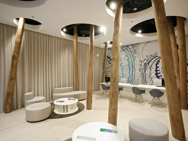 Showroom s nádychom exotiky FIRO-tour efea64a150c